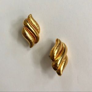 Vintage Napier 80's gold earrings